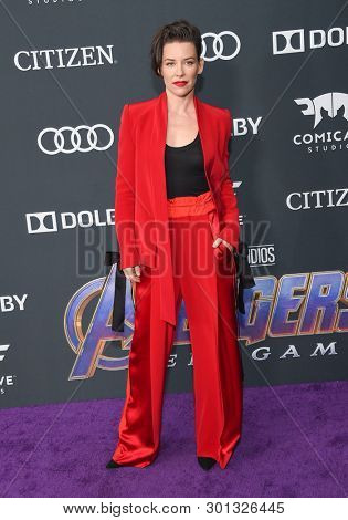 LOS ANGELES - APR 22:  Evangeline Lilly arrives for the