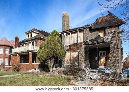 Fire damaged and abandoned houses in Detroit, Michigan