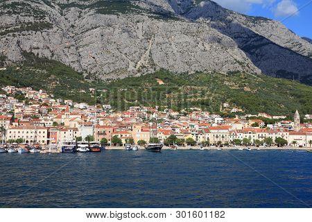 Makarska, Croatia. Town In Dalmatia. Old Town View With Biokovo Mountains In Background.