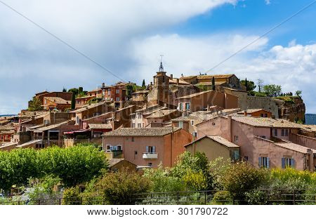View On Roussillon, Small Provensal Town With  Large Ochre Deposits, Located Within Borders Of Natur