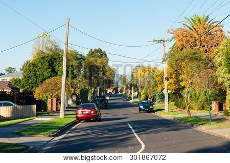 Melbourne, Australia - May 18, 2019: Rotherwood Avenue In Mitcham Is A Typical Suburban Residential