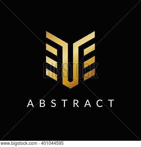 Te E T Letter Logo Icon Design Golden Color