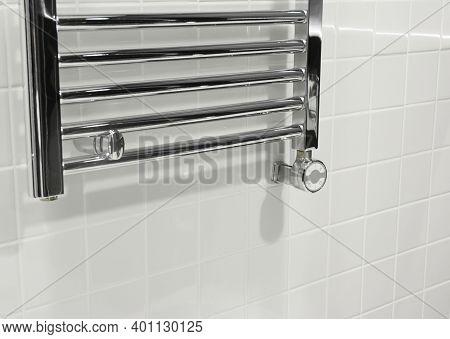 Electric Towel Rail Radiator. Bathroom Heating: Towel Rails & Radiators.