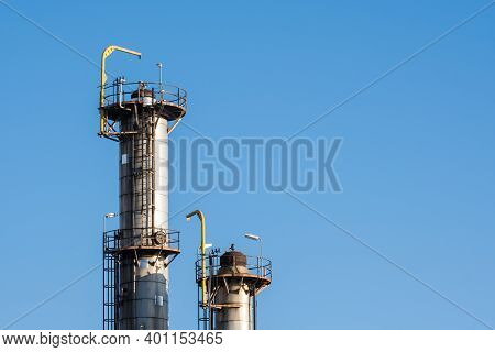 Оil And Gas Refinery Equipment. Close Up Of Oil And Gas Refinery Construction