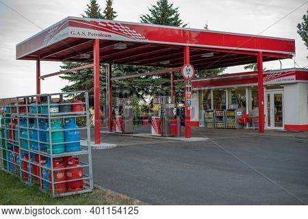 Central Bohemia, Czech Republic, 09-11-2020. Gas Station In Prague And In The Outskirts (bohemia Reg