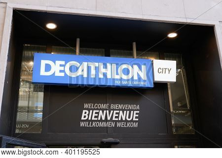 Bordeaux , Aquitaine  France - 12 25 2020 : Decathlon City Sign Text And Brand Store Logo Front Of S
