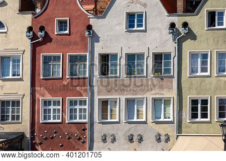 Gdansk, Poland - Sept 9, 2020: Gdansk, Old Town - Historic Tenement Houses With Gables On The Banks