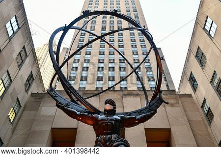 New York, Ny - Nov 14, 2020: Real Estate Firm Tishman Speyer Fitted Masks On Atlas And Other Classic
