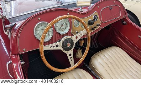 Bordeaux , Aquitaine  France - 12 25 2020 : Mga Mg A Sport Car Retro Dashboard Seat Interior And Woo