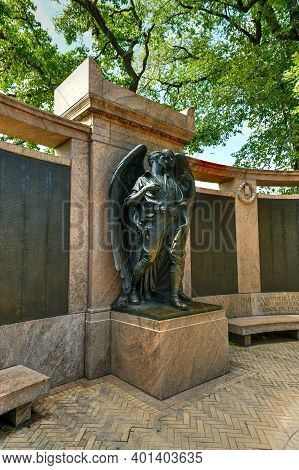 Brooklyn, New York - Sept 20, 2020: Prospect Park War Memorial Dedicated To The Men And Woman Of Bro