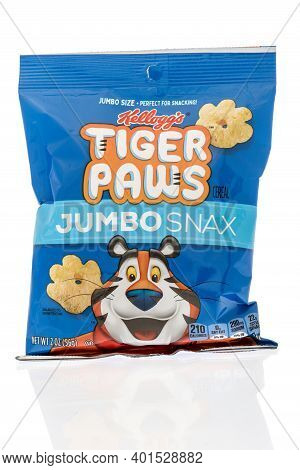 Winneconne, Wi -1 January 2021: A Package Of Kelloggs Tiger Paws Jumbo Snax Cereal Snack On An Isola