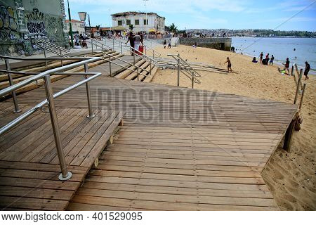 Wooden Deck And Stainless Steel Handrail