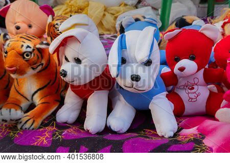 Colorful Small Animal Dolls , Handicraft Products Being Sold At Hastashilpomela Or Handicrafts Fair