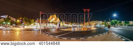 Bangkok, Thailand - December 1, 2020: Public Places, The Beauty Of Wat Suthat And Sao Ching Cha (gia