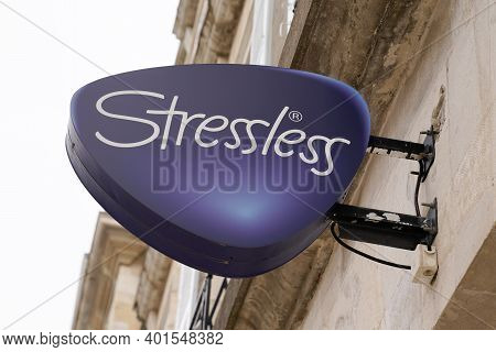 Bordeaux , Aquitaine  France - 12 28 2020 : Stressless Logo Sign In Storefront Of Manufacturer And D