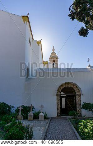 Faro, Portugal - 31 December 2020: View Of The Igreja Do Carmo Church In Faro