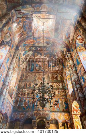 Rostov Veliky, Russia - May 12, 2019: Interior Of The Church Of The Resurrection Of Christ In The Ro