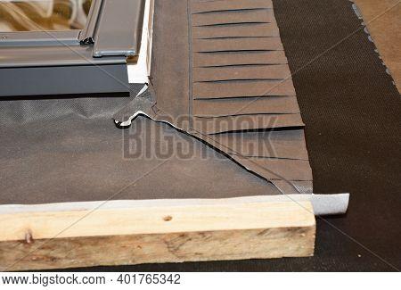 Skylight Window Waterproofing Installation Details On House Rooftop. Skylight Window Waterproofing M