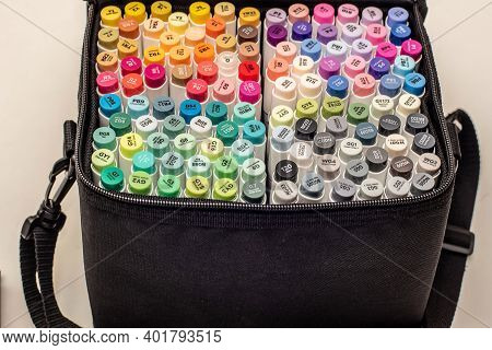 Alcohol Based Sketch Drawing Copic Style Markers Set In A Bag. Brush And Chisel Double Ended For Ill