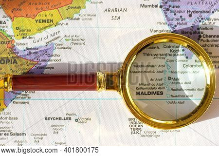 Lviv Ukraine-06 06 2020 :maldives  And India, Sri Lanka On A Map Of Asia  In A Defocused Magnifying