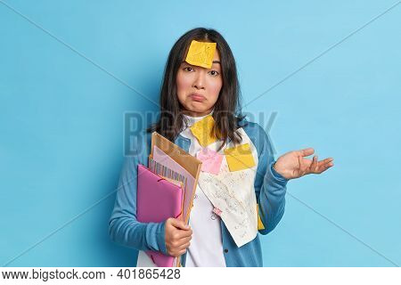 Confused Hesitant Office Worker Doesnt Know How To Make Report Has Deadline Wears Sticky Notes Remin
