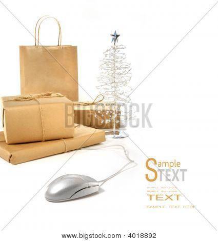 Hecho por el clic de un ratón de compras navideñas