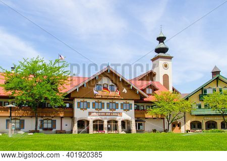 Frankenmuth, Michigan, Usa - June 3, 2020: Exterior Of The Bavarian Inn Lodge In The Popular German