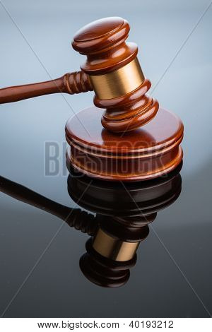gavel (gavel) on white background. symbolic photo for justice