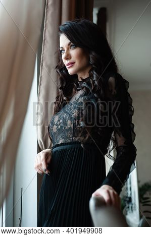 Exquisite Elegant Luxurious Woman In Evening Dress, New Year\'s Party Or Anniversary