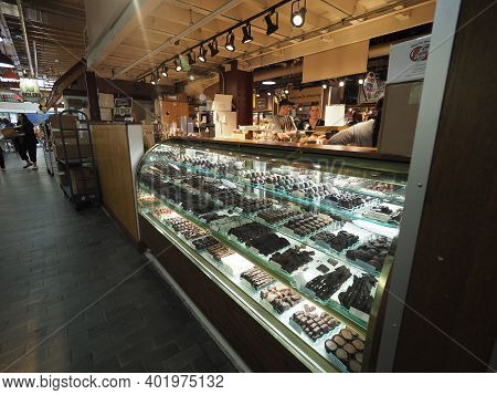 Philadelphia, Usa - June 11, 2019: Image Of A Chocolatier In The Reading Terminal Market In Philadel