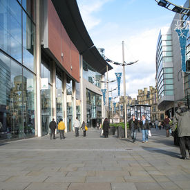 Christmas Shoppers In Manchester England
