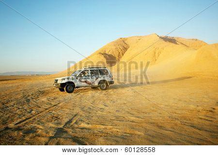 Jeep In Sahara