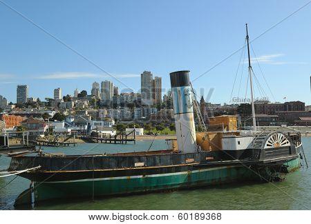 Paddlewheel Tug boat Eppleton Hall in San Francisco Maritime National Historical Park