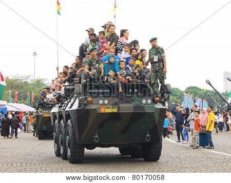Anoa-2 6X6 Armored Vehicle Joyride
