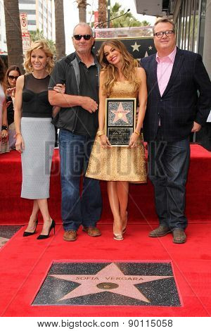 LOS ANGELES - MAY 7:  Julie Bowen, Ed O'Neill, Sofia Vergara, Eric Stonestreet at the Sofia Vergara Hollywood Walk of Fame Ceremony at the Hollywood Blvd on May 7, 2015 in Los Angeles, CA