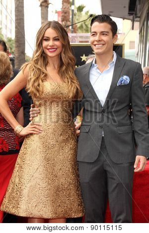 LOS ANGELES - MAY 7:  Sofia Vergara, Manolo Gonzalez-Ripoll Vergara at the Sofia Vergara Hollywood Walk of Fame Ceremony at the Hollywood Blvd on May 7, 2015 in Los Angeles, CA