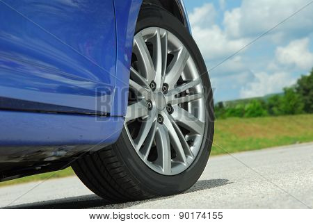 aluminum car wheel