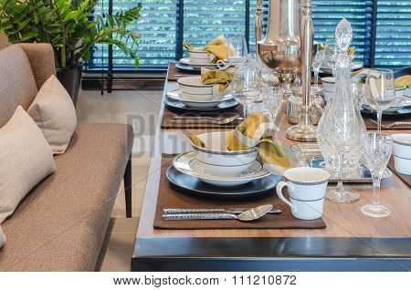 Luxury Dinning Table With Sofa