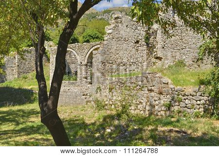 Ruins of old palace in the Old Bar town, Montenegro