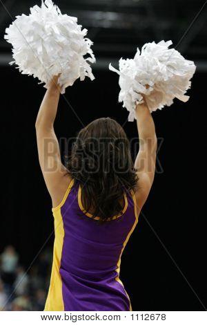 Cheerleaders 01