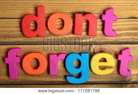 Colorful Dont Forget Word