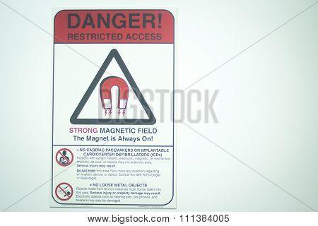 Mri Magnetic Resonance Imaging Scan Warning
