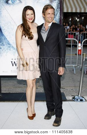09/09/2009 - Westwood - Gabriel Macht and Jacinda Barrett at the Los Angeles Premiere of