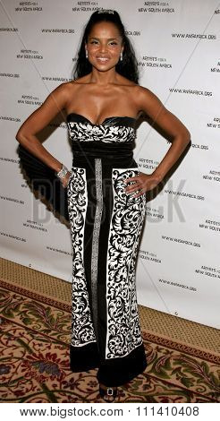 Victoria Rowell attends the Archbishop Desmond Tutu's 75th Birthday Celebration held at the Regent Beverly Wilshire Hotel in Beverly Hills, California on September 18, 2006.
