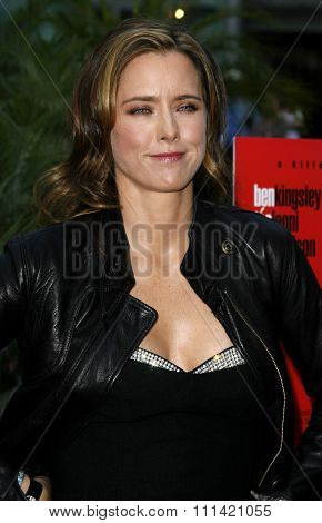 Tea Leoni attends the Los Angeles Premiere of