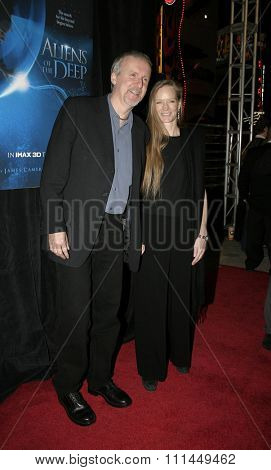 20 January 2005 - Hollywood, California - James Cameron and wife Suzy. World Premiere of 'Aliens of the Deep' at Universal Citywalk Imax Theatre in Hollywood.