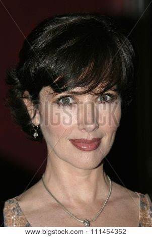 03/08/2005 - Hollywood - Janine Turner at