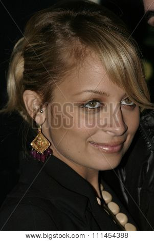 03/08/2005 - Hollywood - Nicole Richie at