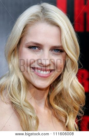 10/08/2006 - Buena Park - Teresa Palmer at the World Premiere of