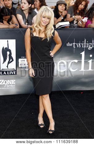 Chelsie Hightower at